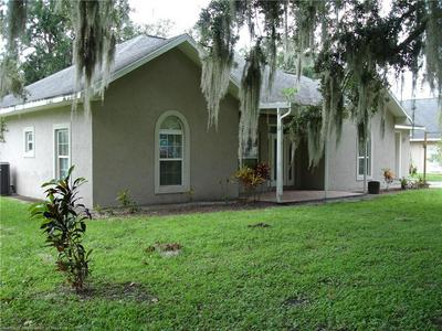 609 HIGH ST, WAUCHULA, FL 33873 - Photo 2