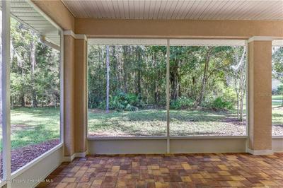 5316 CROWN PEAK CT, Brooksville, FL 34601 - Photo 2