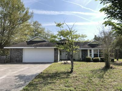 16198 MAGNOLIA WARBLER RD, WEEKI WACHEE, FL 34614 - Photo 1