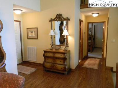 160 MANOR VIEW LN UNIT 5, Blowing Rock, NC 28605 - Photo 2