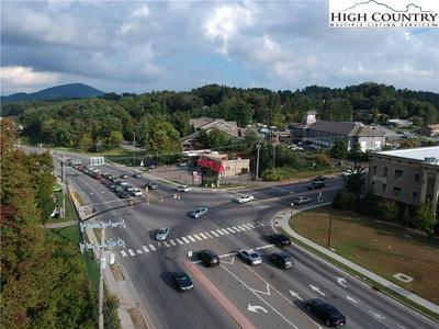 450 E KING ST, Boone, NC 28607 - Photo 2