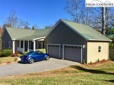 137 TIMBERSONG, WEST JEFFERSON, NC 28694 - Photo 2