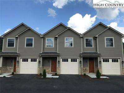 135 OLDFIELD LN, Boone, NC 28607 - Photo 1