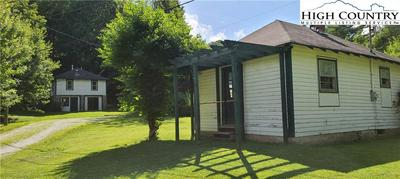 121 FOOTHILLS DR, Boone, NC 28607 - Photo 2