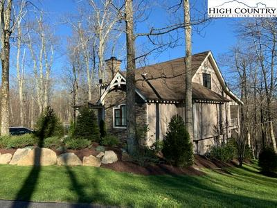 646 SWEETGRASS DR, Blowing Rock, NC 28605 - Photo 2