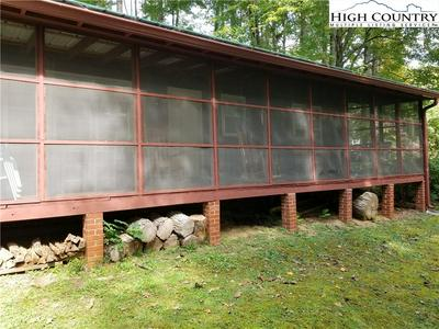 168 GRANDFATHER VIEW ST, Banner Elk, NC 28604 - Photo 2
