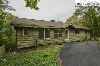 160 RHODODENDRON LN, Blowing Rock, NC 28605 - Photo 1