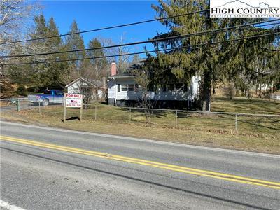 490 CRANBERRY ST, Newland, NC 28657 - Photo 1
