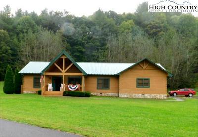 131 WINONA DR, Boone, NC 28607 - Photo 2