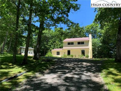 176 WOODS RD, Boone, NC 28607 - Photo 2