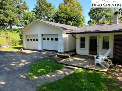 531 GLENN BARE RD, Jefferson, NC 28640 - Photo 2