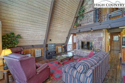 204 DOGWOOD LN, Beech Mountain, NC 28604 - Photo 2