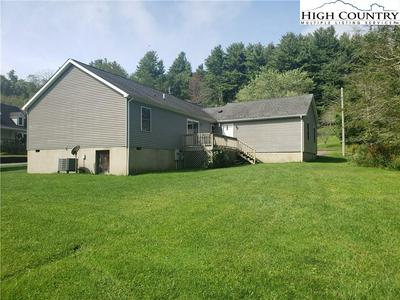 667 RANSOM ST, Blowing Rock, NC 28605 - Photo 2