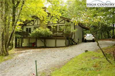 711 CHARTER HILLS RD, Beech Mountain, NC 28604 - Photo 1
