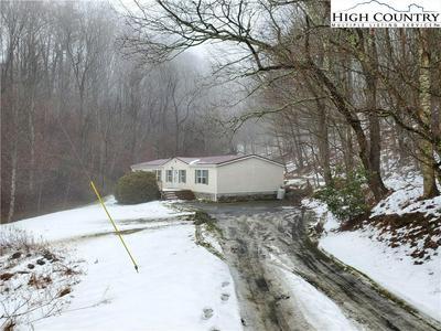 507 HENRY POWERS RD, Lansing, NC 28643 - Photo 1