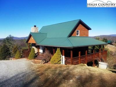 48 BIG ROCK RD, PINEY CREEK, NC 28663 - Photo 1