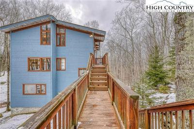 507 PINE RIDGE RD, Beech Mountain, NC 28604 - Photo 1