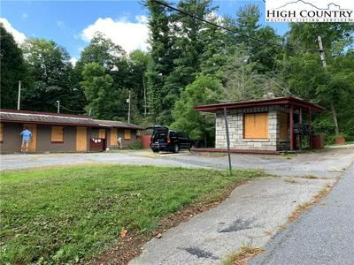 574 OLD E KING ST, Boone, NC 28607 - Photo 2
