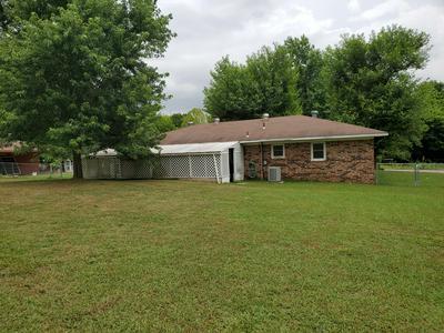 604 DAWN ST, Berryville, AR 72616 - Photo 2