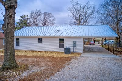 817 N SPRUCE ST, Harrison, AR 72601 - Photo 2