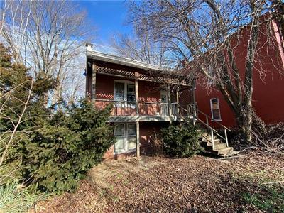 1518 FRANKLIN AVE, Lexington, MO 64067 - Photo 1