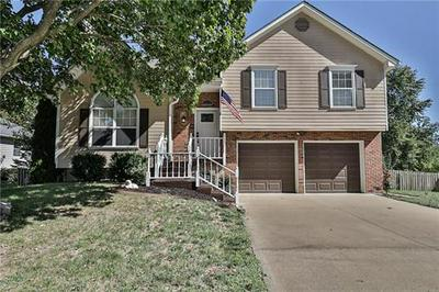 615 S PARK DR, Raymore, MO 64083 - Photo 1
