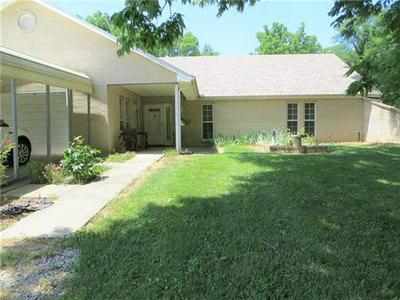 10527 NW STATE ROUTE 52, Amoret, MO 64722 - Photo 2