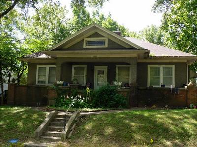 1801 FOREST AVE, Lexington, MO 64067 - Photo 1