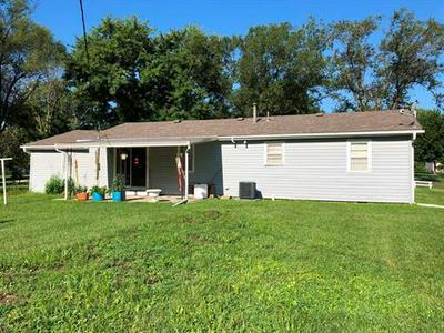 2126 SPORTSMAN RD, Trenton             , MO 64683 - Photo 2