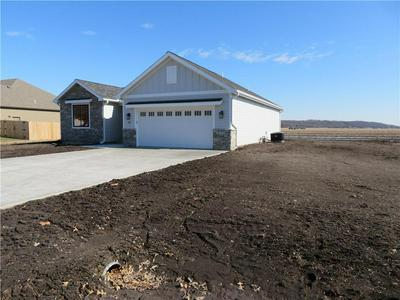 203 WILLOW LN, PERRY, KS 66073 - Photo 2