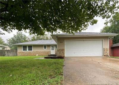 914 RIDGE DR, Warrensburg, MO 64093 - Photo 1