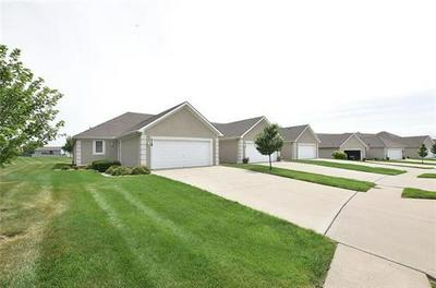 418 MARINA CT, Smithville, MO 64089 - Photo 2