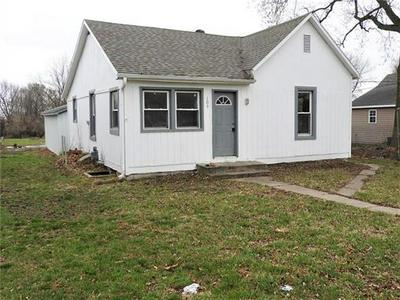 103 E WILSON ST, Corder              , MO 64021 - Photo 1