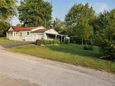 600 N BURRUSS ST, Hamilton, MO 64644 - Photo 2