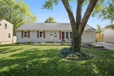 13123 DONNELLY AVE, Grandview, MO 64030 - Photo 1