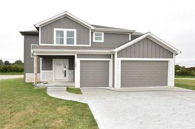 1401 LEE CIR, Smithville, MO 64089 - Photo 1
