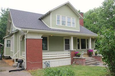 310 S MAIN ST, Centerview, MO 64019 - Photo 1