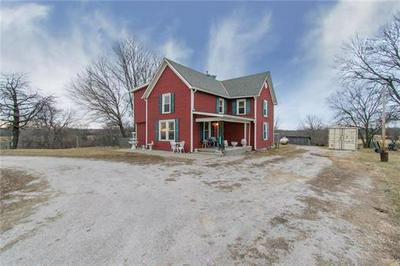 11459 PETTIS RD, Orrick, MO 64077 - Photo 2