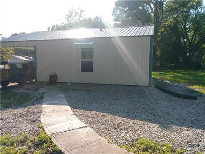 307 S 5TH ST, Deepwater, MO 64740 - Photo 2