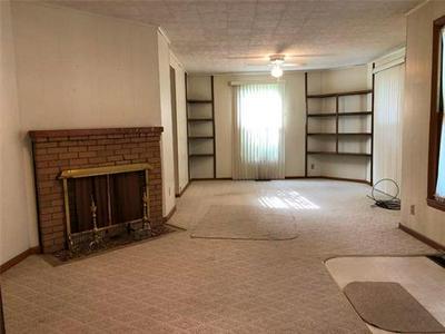 601 W 5TH ST, Trenton             , MO 64683 - Photo 2