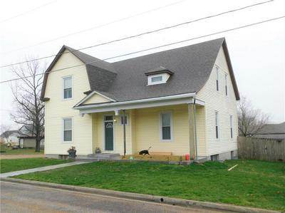 209 SE 5TH ST, CONCORDIA, MO 64020 - Photo 2