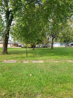 102 E MAIN ST, Kearney, MO 64060 - Photo 2