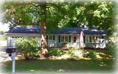 3025 MEADOW RD, Leavenworth, KS 66048 - Photo 1