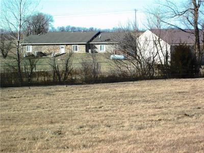 3535 SE POWELL RD, Lathrop, MO 64465 - Photo 2