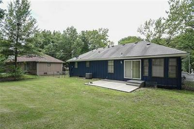 11915 SMALLEY AVE, Grandview, MO 64030 - Photo 2