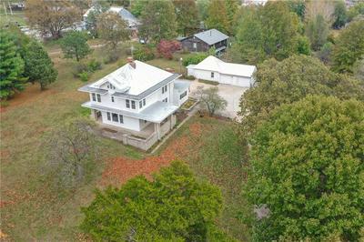 1116 WASHINGTON ST, Weston, MO 64098 - Photo 1