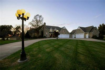 900 S LINCOLN AVE, Raymore, MO 64083 - Photo 2