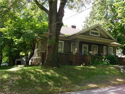 1801 FOREST AVE, Lexington, MO 64067 - Photo 2