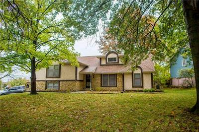 2105 N LAZY BRANCH RD, Independence, MO 64058 - Photo 1