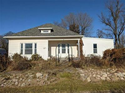 905 ELM ST, Cainsville, MO 64632 - Photo 2